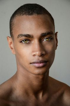 Draw Human Eyes - Daje Barbour teams up with NYC based photographer Danny Lang for a striking new portrait session. Daje is represented by DNA Models in New York, while in Paris he's under the care of Rock Men model agency. Pretty Eyes, Cool Eyes, Beautiful Eyes, Beautiful Flowers, Foto Portrait, Portrait Photography, People Photography, Fashion Photography, Pretty People
