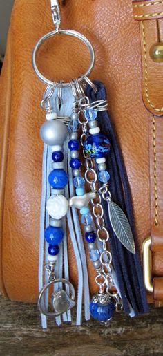 Bolso Boho encanto, borla, tirón de la cremallera, pájaro en un llavero del ventana - marina de guerra, luz azul, mate de plata, cerámica, blanco, Lapis, cobalto