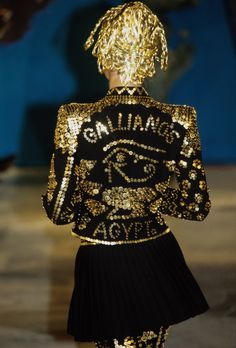 See the complete John Galliano Fall 1997 Ready-to-Wear collection.