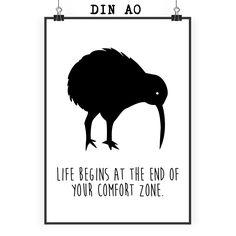 Poster DIN A0 Kiwi Vogel aus Papier 160 Gramm  weiß - Das Original von Mr. & Mrs. Panda.  Jedes wunderschöne Poster aus dem Hause Mr. & Mrs. Panda ist mit Liebe handgezeichnet und entworfen. Wir liefern es sicher und schnell im Format DIN A0 zu dir nach Hause. Das Format ist 841 mm x 1189 mm.    Über unser Motiv Kiwi Vogel  Kiwi-Vögel oder Schnepfenstrauße sind nachtaktive und flugunfähige Vögel (Laufvögel) und sind in Neuseeland zuhause.   Der Kiwivogel ist nicht nur eine tolle Erinnerung…