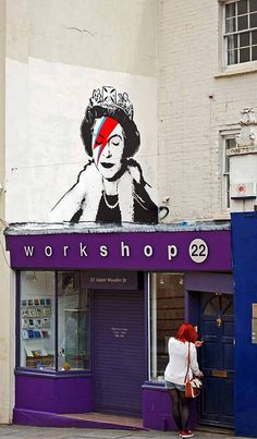 Ziggy lizzie  (a.k.a. aladyin sane?) - bristol - who is this by? by shell shock, via flickr