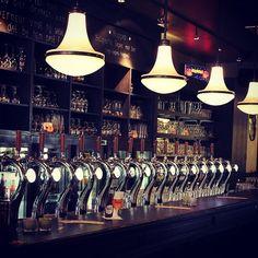 Onze bar!