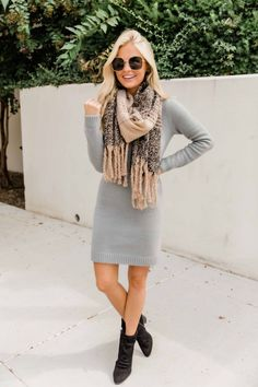 Have All The Answers Grey Sweater Dress CLEARANCE This timeless sweater dress is such a classic choice for any day! Legging Outfits, Long Sweaters, Sweaters For Women, Sweater Dress Outfit, Gray Dress Outfit, Sweater Dresses, Fashion Models, Fashion Trends, Winter Dress Outfits