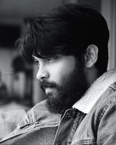Actor Picture, Actor Photo, Hipster Haircuts For Men, Beard Images, Photo New, Photo Wallpaper, Shiva Wallpaper, Mobile Wallpaper, Dj Photos
