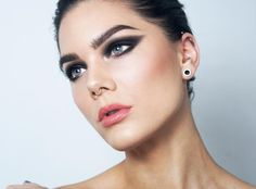 Saturday smokey eyes! Product list om the blog lindahallberg.com #fotd #makeup