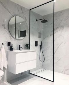 40 modern and functional bathroom design ideas for private luxury # bathroom ., 40 modern and functional bathroom design ideas for private luxury # bathroom # design # functional # ideas # luxury # modern. Bad Inspiration, Bathroom Inspiration, Bathroom Ideas, Bath Ideas, Budget Bathroom, Bathroom Layout, Interior Inspiration, Shower Ideas, Rental Bathroom