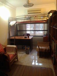 svarta bed ikea buscar con google for bedroom pinterest lits superpos s hacks et loft. Black Bedroom Furniture Sets. Home Design Ideas