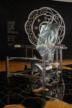 """O Brazil S/A acredita no novo através dos reflexos de um grupo de jovens designers brasileiros,  apresentamos a exposição """"Reflexos dos Jovens Designers""""."""