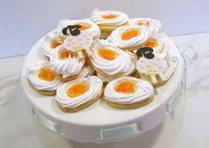Linecké cesto so snehovým oválkom s mandarinkovou plnkou. Easter Cookies, Dessert Recipes, Desserts, Panna Cotta, Cupcake, Pudding, Jar, Treats, Ethnic Recipes