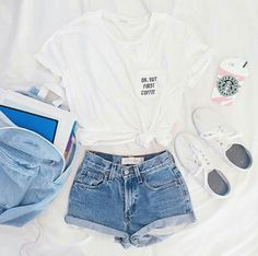 Yes or no ? Credit Priscilla C - Summer Outfits Casual School Outfits, Cute Comfy Outfits, Teenage Girl Outfits, Lazy Outfits, Tumblr Outfits, Teen Fashion Outfits, Swag Outfits, Cute Summer Outfits, Outfits For Teens