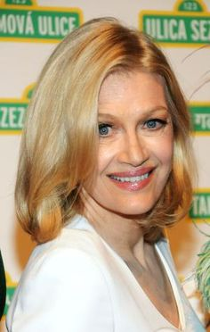 Wondering what haircuts and color looks best on women over age 50? I share the best bobs, shags, shoulder-length cuts and more in this gallery.: Diane Sawyer Hairstyles