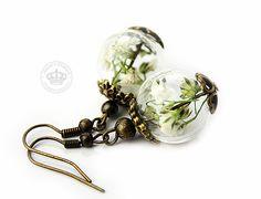 Romantik Pur *Echte Blüten * Ohrringe von JanoschDesigns auf DaWanda.com