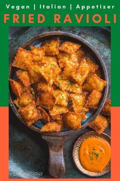 Fried Vegan Ravioli is a take on the most popular appetizers at Olive Garden! Make this easy fried vegan Italian cheese ravioli Olive Garden style at home. Fried Ravioli Recipe, Vegan Ravioli, Toasted Ravioli, Cheese Ravioli, Ravioli Lasagna, Vegan Pasta, Popular Appetizers, Vegan Appetizers, Appetizer Recipes