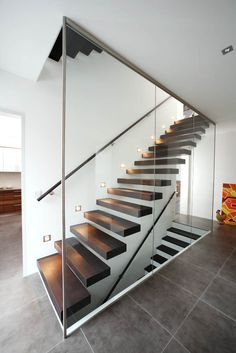 Modern Staircase Design Ideas - Stairways are so common that you don't give them a second thought. Have a look at best 10 examples of modern staircase that are as sensational as they are . Staircase Railing Design, Open Staircase, Stair Design, Staircase Ideas, Luxury Staircase, Glass Stairs Design, Staircase Design Modern, Front Stairs, Basement Stairs
