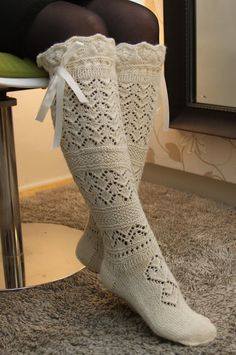 Natural white knee socks with beautiful lacy pattern 100 от EleRe