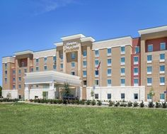 Hampton Inn & Suites Dallas/Frisco North-FieldhouseUSA Hotel, TX - Hotel Exterior