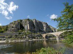 Pont de Balazuc en Ardèche
