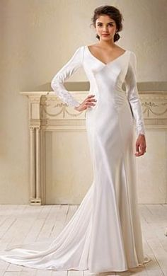 Alfred Angelo 8400 wedding dress currently for sale at -6% off retail.