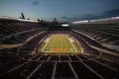 i want to go back to soldier field and actually be on it Chicago Bears, Nfl, Soldier Field, My Kind Of Town, Sports Teams, Tailgating, Baseball Field, To Go, Bucket