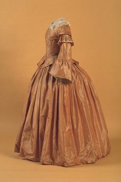 Day dress ca. 1857  From the New Brunswick Museum