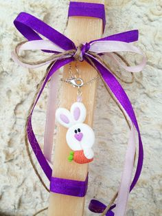 Easter Aromatic Candle with Bunny & Carrot Necklace _ Easter Collection _ Special Edition _ Polymer clay by MarisAlley on Etsy Carrot, Polymer Clay, Bunny, Easter, Candles, Christmas Ornaments, Unique Jewelry, Holiday Decor, Handmade Gifts