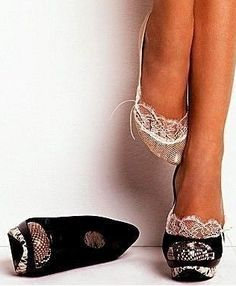 als het koud is....trek je sokjes aan ;-)