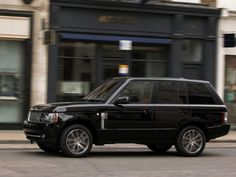 Range Rover Autobiography Black 2011 - Side View