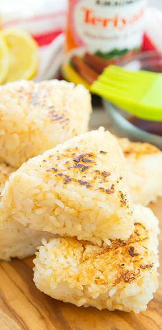 These Japanese-inspired grilled rice balls are a fun and easy side to serve at your next outdoor grilling event. Healthy Grilling Recipes, Vegetarian Recipes, Snack Recipes, Vegan Meals, Healthy Food, Snacks, Yaki Onigiri, Teriyaki Rice, White Rice Recipes