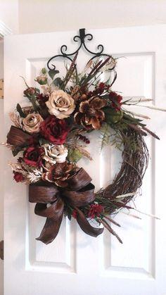 Grapevine Wreath Elegant Designer Summer by GiftsByWhatABeautifu Door Wreaths, Grapevine Wreath, Rustic Wreaths, Ribbon Wreaths, Tulle Wreath, Floral Wreaths, Burlap Wreaths, Ornament Wreath, Christmas Diy