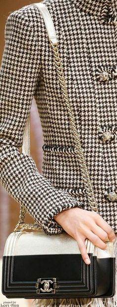 Chanel Fall 2015 RTW, Classic herringbone