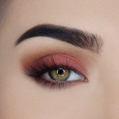 Too Faced Just Peachy Velvet Matte Eyeshadow Palette!
