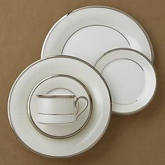 Linen Mist 5-piece Dinnerware Place Setting by Lenox