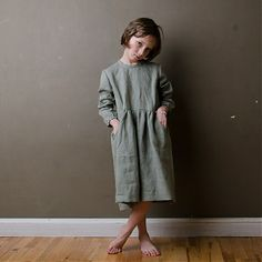 Mákvirág — Smocked sleeve dress olive Winter Collection, Smocking, Kids Fashion, Fall Winter, Girls Dresses, Normcore, Dresses With Sleeves, Pretty, How To Wear