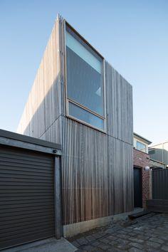 Oficina Cubículo / Krisna Cheung Architects