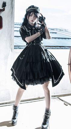 Old Fashion Dresses, Fashion Outfits, Estilo Lolita, Gothic Lolita Fashion, Kawaii Clothes, Alternative Outfits, Cosplay Outfits, Character Outfits, Lolita Dress