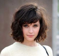 20 Short Hairstyles For Wavy Fine Hair | Latest Bob Hairstyles | Page 2