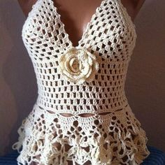 Want to Learn How to Crochet Beautiful Pieces Through Video Lessons Step by Step . Crochet Bra, Crochet Crop Top, Crochet Crafts, Crochet One Piece, Learn To Crochet, Knitting Patterns, Crochet Patterns, Crochet Barefoot Sandals, Hippie Tops