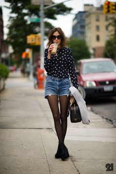 Streets of New York. Ladies Streetstyle. Women's Fashion