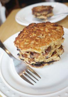 Oatmeal Banana Chip Pancakes | tomatoboots.co | #gooey #healthy #pancakes