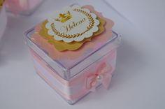 caixinha-de-acrilico-princesa-coroa-rosa