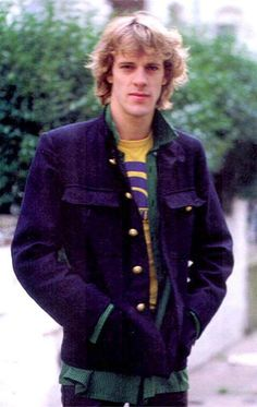 OMG I used to have such a crush on Stewart Copeland, the drummer for The Police