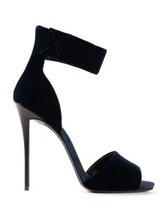 Shop Giuseppe Zanotti Design ankle cuff sandals in Biondini Paris from the world's best independent boutiques at farfetch.com. Over 1000 designers from 60 boutiques in one website.