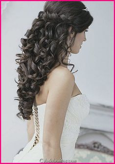 wedding hairstyles down archives 70 wedding hairstyles for your big day elegant wedding hairstyles best wedding hairstyles updo 30 cute … Prom Hair Updo, Curly Wedding Hair, Romantic Wedding Hair, Long Hair Wedding Styles, Beach Wedding Hair, Wedding Hair Down, Bridal Hair, Quince Hairstyles, Wedding Hairstyles For Long Hair