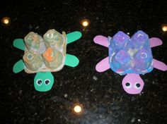 Egg Carton Turtles What you'll need… Egg Cartons- cut into a square egg holes/squares total) Paint Construction paper Scissors Glue 2 small googly eyes Daycare Crafts, Toddler Crafts, Fun Crafts, Crafts For Kids, Daycare Ideas, Preschooler Crafts, Toddler Art, Preschool Art, Craft Activities For Kids
