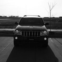 2005 Jeep Grand Cherokee Limited Hemi in the Sunlight Black and White 2005 Jeep Grand Cherokee, Black And White, Vehicles, Sunlight, Black N White, Black White, Car, Nikko, Vehicle