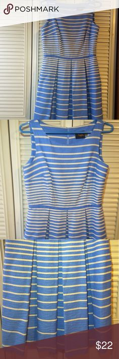 Skyblue & Beige Dress with Pockets This spring dress is in good condition and has side pockets and very lightweight and comfortable Taylor Dresses