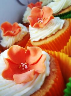 Coconut Lime Cup Cakes
