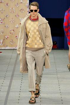 Louis Vuitton Spring 2012 Menswear Fashion Show