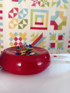 Notion of the Month December 2013: Grabbit Magnetic Pincushion - 20% off through December 2013