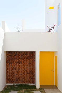 Oscar Gutierrez | 'Pino Street House' | Jalisco, Mexico | 2014 | http://oscargutierrezarquitecto.com